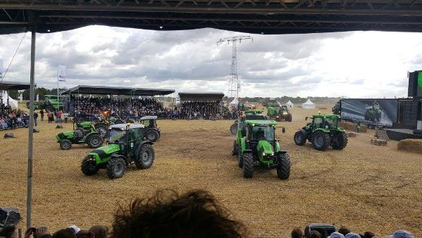 Deutz-fahr-6-7-series-tractor-launch-dresden-2