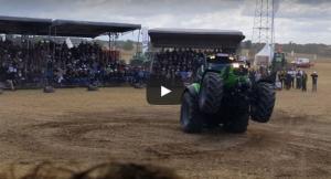 deutz-fahr-7250-tractor-does-wheelie
