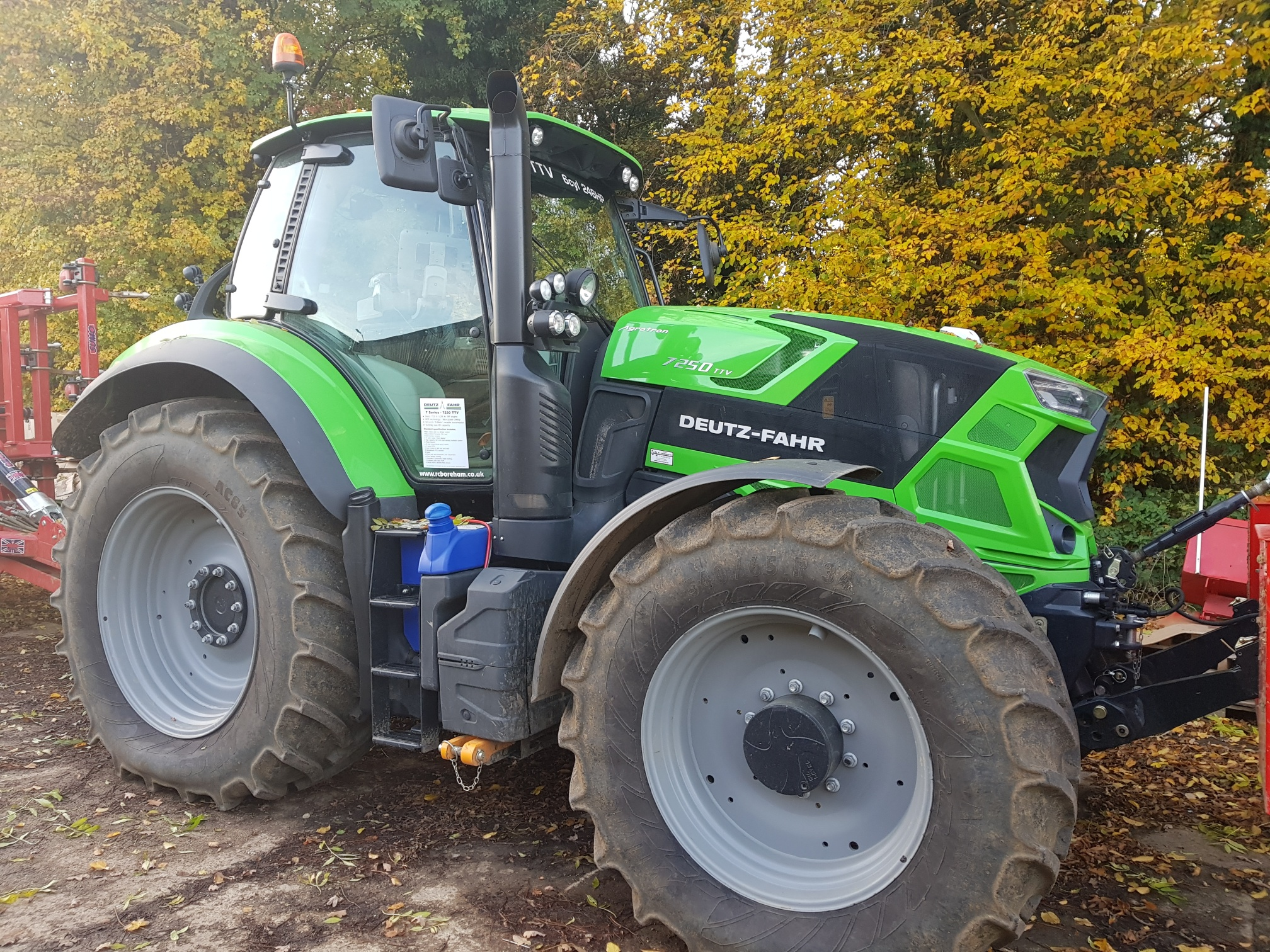 Deutz Fahr 7250 TTV Tractor for sale at R C Boreham & Co, Chelmsford, Essex.